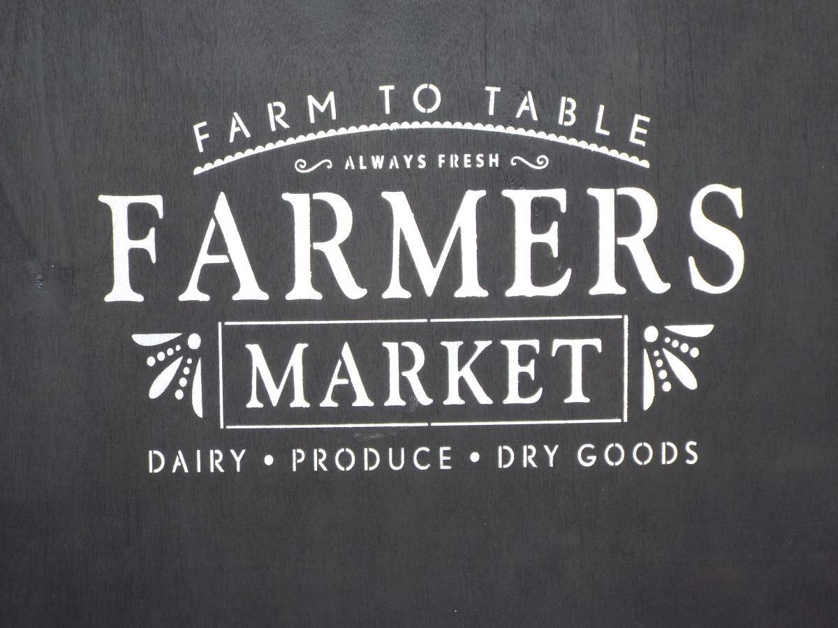 Licking Farmer's Market cp7617